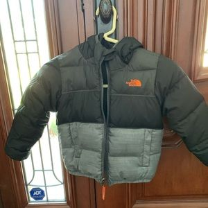 The North Face moondoggy 4t